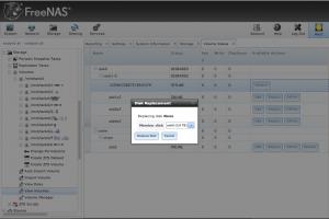 FreeNAS replace disk